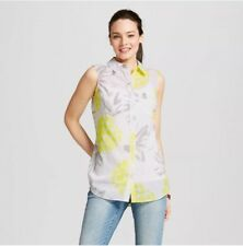 New Women's Sleeveless Button Front Crepe Shirt MEDIUM White Tropical Design NWT
