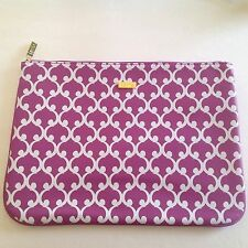 tarte Make up Cosmetics Bag... Purple/Lilac.... Roomy! Brand New