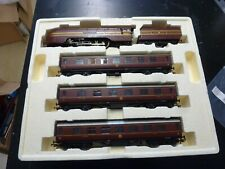 HORNBY TRAIN PACK THE ROYAL HIGHLANDER DUCHESS OF DEVONSHIRE DCC FITTED BOXED