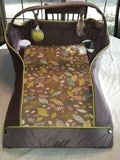 Eddie Bauer Infant Portable Travel Bed/Crib/Bassinet/Changin g Station/Diaper Bag