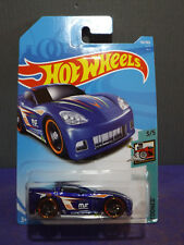 "Hot Wheels New 2018 ""TOONED"" C6 CORVETTE, Tooned series 3/5. Long card."