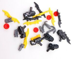 Lego Minifigure Batman's weapons lot guns and utility belt Inv 77