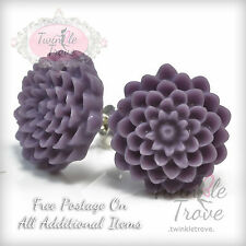 Vintage Carved Dahlia Flower Stud Earrings. Vintage Retro Style. Many Colours.