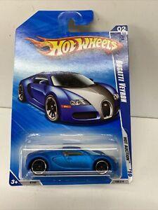 Hot Wheels Bugatti Veyron Blue 2010. Long Card.