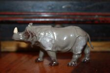VINTAGE BRITAINS YOUNG RHINOCEROS No.960 ISSUED 1933 ZOO ANIMALS LEAD