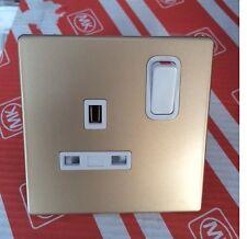 MK 33757 RP CHM Avant Single Switched Single Plug Socket 13A - Champagne