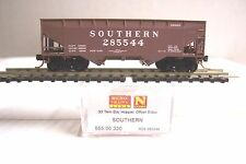 MICRO TRAINS 05500330 055 00 330 SOUTHERN 33' TWIN OFFSET SIDES HOPPER #285544 N