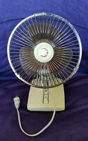 Vtg Deluxe 2 Speed Table Top Oscillating Fan w/ Amber Blades