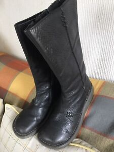 Dr Martens Uk7  Women Boots / ShoesBlack/Leather/mid calf wedge boots