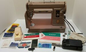 vintage SINGER 301a Slant Needle LONG BED Lightweight SEWING MACHINE & acces.