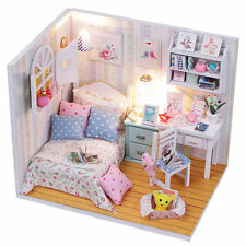 Kids Wood Dollhouse Miniature With LED+Furniture+Cover Doll House Room Decor Fun