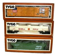 Tyco HO Scale Train Cars Shell Tank Car Union Pacific & Burlington Northern Box