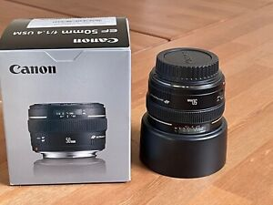 Canon EF 50mm f/1.4 USM Lens w/ Lens Hood ES-71II & filter - Mint Condition