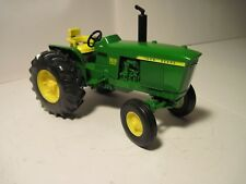 John Deere Farm Toy Tractor 3020 Ertl 1/16 NIB
