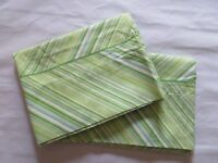 Wamsutta Pillowcases ~ Green Blue~ Lot of 2 ~ Standard