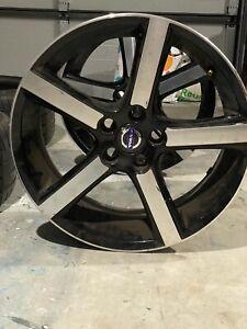 Volvo V40 Alloy Wheels
