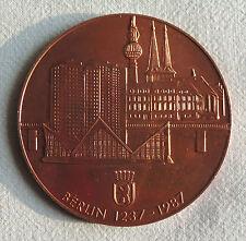 DDR große Medaille - Berlin 1237-1987 Stadt des Friedens