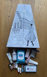Beautypaket Adventskalender wunderschön Weihnachtsbaum Benefit Origins Huda NEU