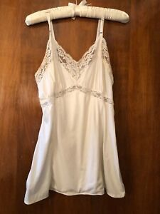Adonna for J.C. Penny Women's Size 36 White Vintage Lacy Camisole Slip Lingerie