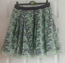Verde Lima y falda púrpura, diseño de hojas, tamaño 10-14