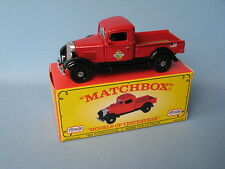 Matchbox yesteryear 1934 international c pick-up skelly huile rouge body code 2