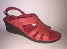 NEW KEEN Elizabeth Red Woven Full Grain Leather Wedge Sandals Size 11 / 42 $110