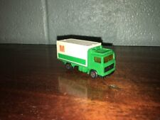 "1:87 SCALE 1981 MATCHBOX VOLVO BOX TRUCK ""M"" MADE IN CHINA"