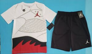 NIKE AIR JORDAN Boys Shirt & Shorts 2 Piece  Set REFLECTIVE INK Size Lg 12-13 🏀