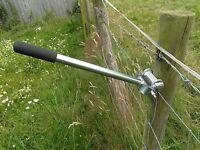 Quick staple puller sheep/livestock/cattle/farmer/smallholding fencing