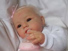 Rebornbaby Annika,,Abigail Smiling von Laura Tuzio-Ross!