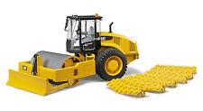 Bruder 02450 Cat Vibrationswalze  für Baustelle zum Planieren der Strasse Bworld