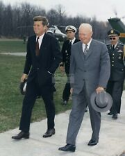KENNEDY MEETS WITH DWIGHT EISENHOWER IN 1962-8X10 PHOTO JOHN F BB-682