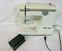 Vintage Montgomery Ward Sewing Machine 16 Stitch FreeArm Signature 2000