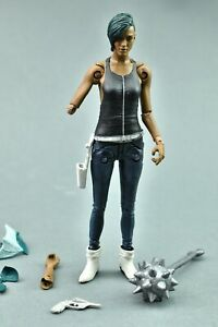 Saga Alana Skybound Mcfarlane Toys Broken Arm