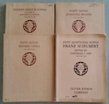 4 Musicians Library-Brahms,Grieg,Schubert&Modern French Songs V.II for Low Voice