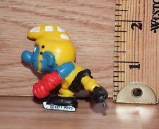 "Vintage Peyo 1978 The Smurfs ""Ice Hockey"" Toy PVC Figure Only **READ**"