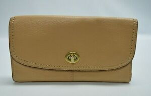 Coach Park Pebbled Leather Wallet Camel Tan Gold Turnlock Full Sized Wallet