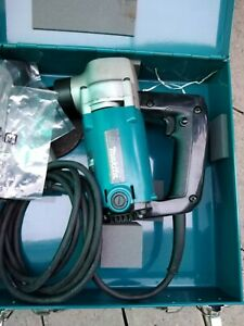 Rodatrice Makita JN3200