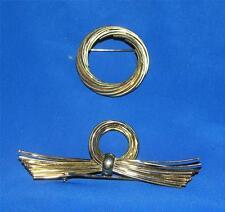 2 VTG GOLD TONE COSTUME JEWELRY SCARF PINS W FREE CD 100'S WAYS TIE SCARVES