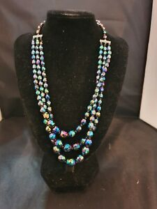 """VINTAGE Triple 3 Strand Necklace Graduated Facetted Crystal Peacock Glass 18""""L"""