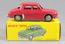 DINKY TOYS 1/43 ème RENAULT DAUPHINE / jouet ancien