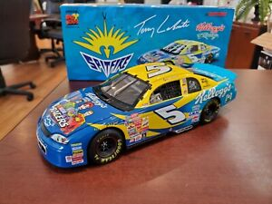 1999 Terry Labonte #5 Kellogg's/ Nascar Racers 1:18 Action NASCAR DieCast