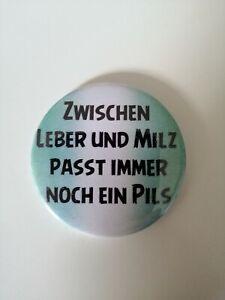 """FLASCHENÖFFNER  59 mm """" Zwischen Leber.... """" rund mit Magnet"""