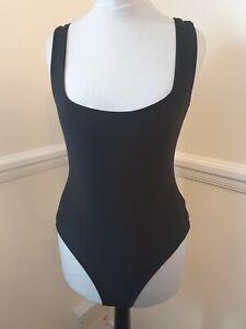 PrettyLittleThing Square Neck Black Sleeve Less Thong Bodysuit Size 8