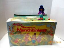 Vintage 1970's Wizard of Oz Mego MUNCHKINLAND PLAYSET with MAYOR- Excellent
