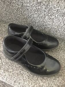 Girls Clarks Shoes Size 11G