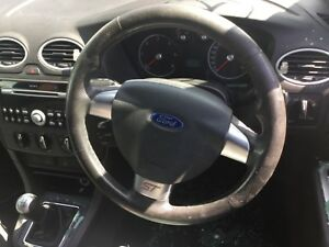 2006 FORD FOCUS ST LEATHER STEERING WHEEL - GOOD CONDITION- FREE UK POSTAGE
