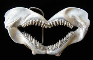 AWESOME LOOKING SHARK JAWS BELT BUCKLE NEW!