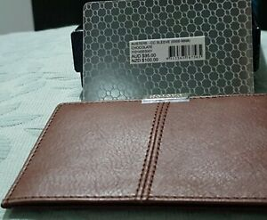 OROTON MEN'S AUSTERE CC SLEEVE WALLET  Chocolate NEW -PERFECT GIFT