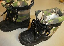 AS NEW TODDLER BOYS SIZE 7 WESTERN CHIEF OUTDOOR BOOTS KHAKI BLACK FLEECY LINED